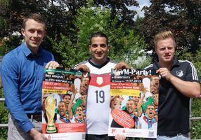 Der FIFA WM-Pokal zu Gast in Hambergen